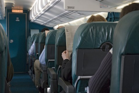 Delta Air Lines vil få bukt med setekonflikter på flyet.