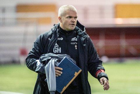 MÅ FORSTERKE: Alt tyder på eliteseriespill på Alfheim til neste år. Da vil TIL-trener Gaute Helstrup forsterke stallen, ikke minst i angrep.