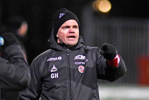 VIL ENDRE: TIL-trener Gaute Ugelstad Helstrup ønsker å spille med forsvarsfirer i eliteserien neste år, ikke en forsvarsfemmer, som TIL har spilt med siden sommeren 2017.