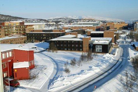 PÅLEGG: Den store renoveringen av Naturfagsbygget ved Universitetet i Tromsø får flere pålegg fra arbeidstilsynet.