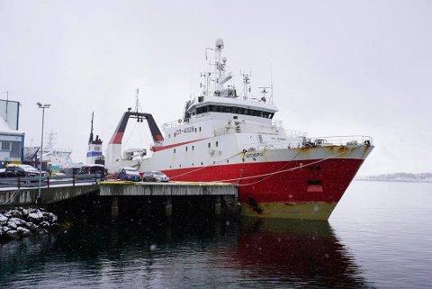 I TROMSØ: «Belomorsk» ligger til kai i Tromsø etter å ha blitt brakt opp av kystvaktskipet KV «Nordkapp».