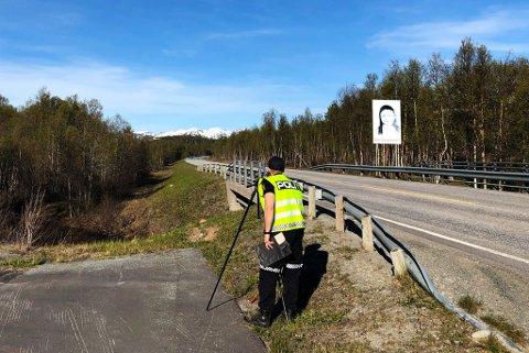 KONTROLL: Her holder UP kontroll i Troms i forbindelse med aksjonen «Grønne veger». Hensikten er å øke kontrollvirksomheten på europa- og riksveier.