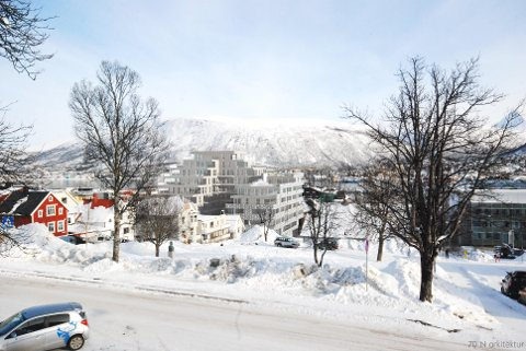 ULIKE HØYDER: Slik ser man for seg Nordlyskvartalet fra Skolegata ved Gyllenborg. Høydene trappes ned mot Rådhusparken og mest mot Vestregata.