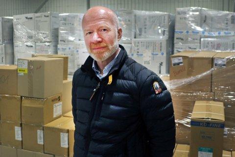 BER OM PRIORITERT: Smittevernoverlege Trond Brattland har fått en rekke henvendelser om personer og yrkesgrupper som ønsker å rykke frem i kommunens vaksinekø