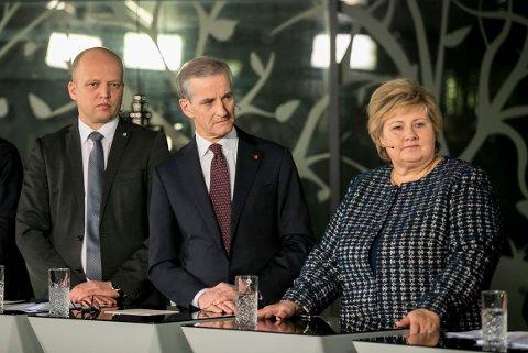 STATSMINISTERKANDIDATER: Senterparti-leder Trygve Slagsvold Vedum, Ap leder Jonas Gahr Støre og statsminister Erna Solberg under en debatt på NRK i 2019.