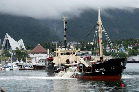 MUDRING: Havnebassenget i Tromsø var fullt av miljøgifter, og ble mudret opp og renset. Regningen kom dels fra RDA-midler og Miljøverndepartementet, dels egendel fra Tromsø havn.