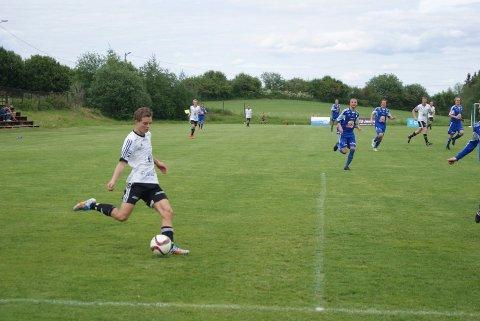 Simen Engelien scoret ett av seks mål da Kolbu/KK slo FK Vang 6-0.