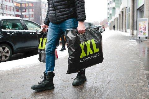 En ekstern gransking har funnet en rekke kritikkverdige forhold hos sportskjeden XXL.