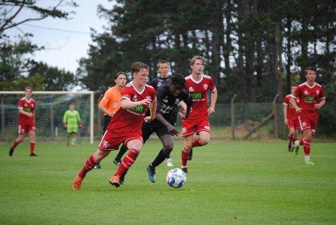 Sander Harefallet i godt driv for FK Totens G19-1 i kampen mot Randaberg.