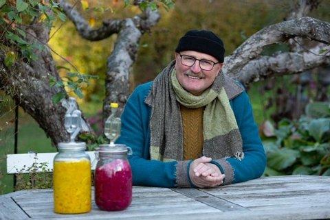 Foredragsholder er Olav Hauge, en av innehaverne til Myntemesterens hage.