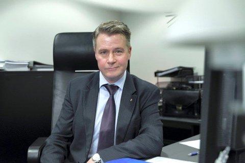 TIL OPPEGÅRD: Justisminister Per-Willy Amundsen kommer til Oppegård rådhus tirsdag kveld.