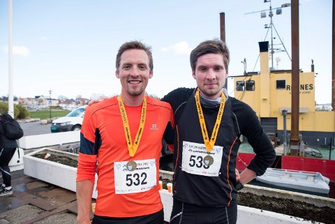 SVARSTAD-BRØDRE: Robert og Stian Bergstå tok første- og andreplass i hovedløpet i Larviksløpet.