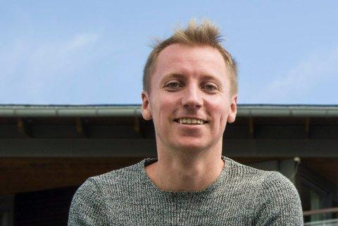 FRA TAP TIL FORTJENESTE: Jonas Gjelstad lever av oddstipping, og tapte en million kroner første nyttårsdag. I de påfølgende månedene ble dette gjort om til millioner i fortjeneste.