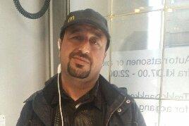 GLAD: Zuher er glad og rørt over at folk sender penger så han kan få familien sin ut av det krigsherjede Syria.