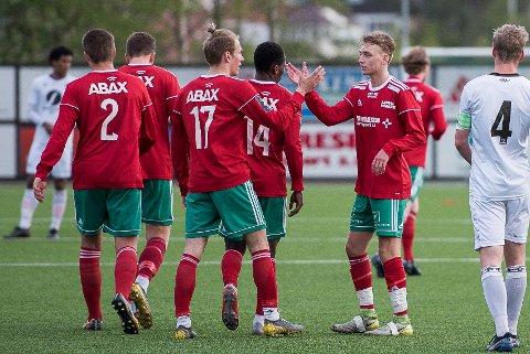 Halsen ligger på åttende plass i avdeling 2 i 3. divisjon. Kan de ta tre poeng mot Vålerenga 2 i dag?