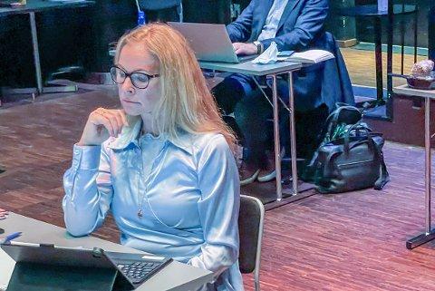 """NØKTERN: Høyres gruppeleder Birgitte Gulla Løken framstilte i formannskapet onsdag kveld flertallets oppdrag til kommunedirektøren om mer penger til skole som """"et mål å strekke seg mot."""""""