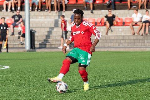 REDUSERTE: Brahian Mosquera reduserte til 1-2 for Halsen mot Hønefoss lørdag, men nærmere enn en straffebom kom ikke de røde og grønne.