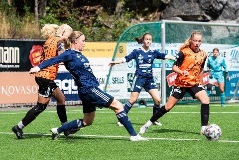 NY SESONG: Maria Øvrum Hageland ville ikke gi seg med et nedrykk og en avlyst korona-sesong. 36-åringen blir en viktig spiller også kommende sesong, og er imponert over de unge spillerne som kommer opp i Nanset.