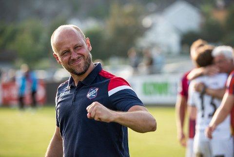 - DEILIG!: Fram-trener Haakon Lunov kunne glede seg over tre viktige poeng da Fram slo Rosenborg-rekruttene 2-1 på bortebane mandag.