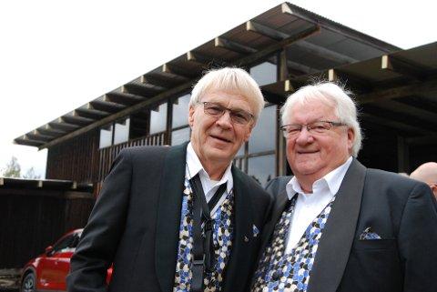 VETERANENE: Arne Willy Foss (t.v.) og Ole Ødegård er urmedlemmene i Ole Ivars og spilte flere ganger under dansepaviljongens storhetstid på Glomdalsmuseet. (Alle foto: Halvard Berget)