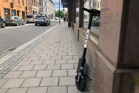 GRØNT LYS: Nå er det gitt grønt lys for utleie av elsparkesykler også i Elverum. Her fra Hamar.
