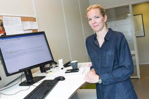 NYE SMITTETILFELLER: Assisterende kommuneoverlege Jorid Nygårdshaug Aas sier en del folk, også uten symptomer, som var ute på byen i Hamar i helga, har tatt kontakt.