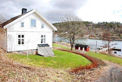 18 TOMTER: Det ligger mange ferieboliger på idylliske Håøya, en kort båttur fra Tenvik. Oslofjordens Friluftsråd vil se på om noe her er egnet som ny kystledbase.