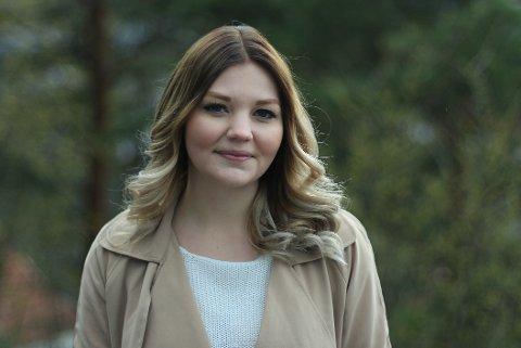 Elisabeth Holien fra Bamble er nyvalgt leder av Velferdstinget i Oslo og Akershus, og tar over stafettpinnen etter Aleksander Gjøsæter fra Porsgrunn.