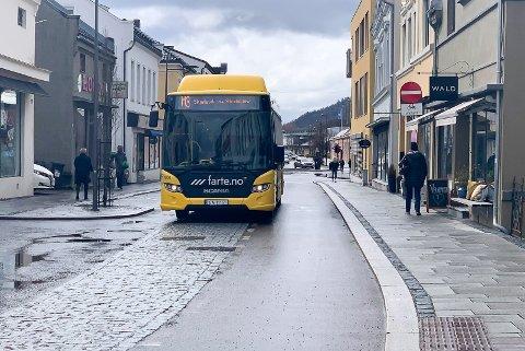 Buss i Storgata