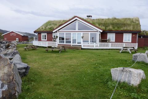 SLUTT: Eier Morten Hansen av Havnekroa på Onøy jobber for å selge spisestedet nært småbåthavna. Foto: Arne Forbord