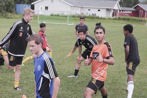 Juniorene til Stålkam har spesielt gledet seg til TV-kampen mot Oppdal som spilles tirsdag. Så langt har de en seier og ett tap.