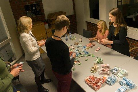 TELLEKORPSET: Fra høyre Jenny Kristoffersen, Anne Sofie Urke, Ann-Brith Greva og Stian Heggli Kleftås.