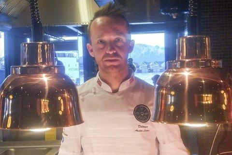 Sjømat: Kokk André Larsen er god på å lage sjømat.