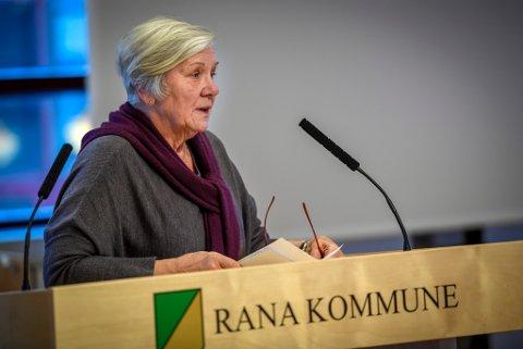 Mary Ann Dahl og Venstre fikk resten av kommunestyret med seg på å lage en velkomstpakke til studentene.