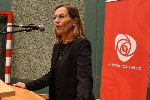 Mette Varem brenner for å bli ordfører i Hemnes neste høst for Arbeiderpartiet.