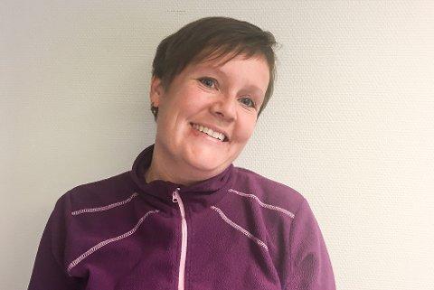 Åse Ingunn Buskli. har i mange år jobbet i skoleverket i Hemnes. Når hun nå igjen bli lærer, etter å ha prøvd rektorlivet, står hun på lista over nyansatte lærere denne høsten.