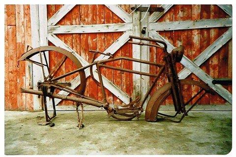 Det var ikke mye igjen av den gamle sykkelen da Skog overtak den i 1989.