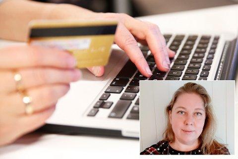 MYE SVINDEL: Prosjektleder Britt Karin Rotmo i Innlandet fylkeskommune sier julestria var høytid også for internettsvindlere.