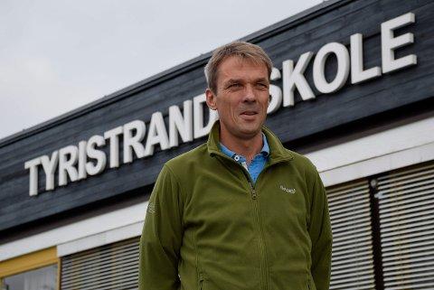 Erik Lund er rektor ved Tyristrand skole.