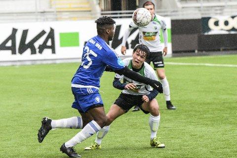 Spisstalentet Daniel Østebø var glovarm for HBK 2 mandag. Fire mål ble det mot Drammens BK.