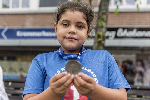 Barneløpet på maratondagen: Lea Arceli Gines (8)
