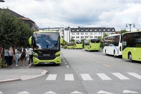 I første halvår har vi hatt en svak økning i busspassasjerer totalt på Ringerike. Blant annet har det vært en økning på oslobussen.