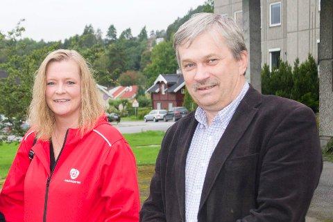 Partisekretær Kjersti Stenseng (Ap), stortingskandidat Anne Sandum (Ap) og ordfører Kjell B. Hansen (Ap) er godt fornøyd med Aps framgang og at det er rødgrønt flertall ved byens to videregående skoler.
