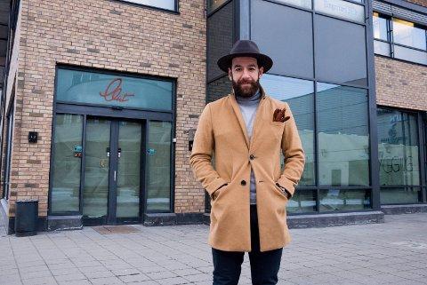 Nader Khalayli skal drive Cafe Clint. Han håper på åpning tidlig i april.