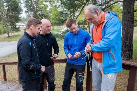 Rune Virik, Robert Svingerud, Anders Grøtnes og Kristian Kristiansen ser mange fordeler ved å bruke aktivitetsmålere i hverdagen.
