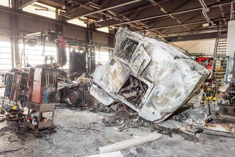 DYRT: Chassiservice AS ble rammet av brann I 2017. I etterkant krevde huseiers forsikringsselskap regress, ifølge daglig leder på 6,6 millioner kroner.