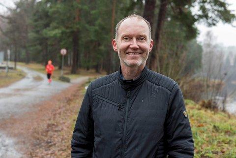 FIKK MYE STØTTE: Målet er nådd, og Olav Høgset kan forberede seg på merking av løypene i Schjongslunden.