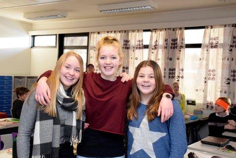 Bevisste: Andrine Nyhus (12) (t.v.), Tale Torgersbråten Herøy (12) og Hedda Ryvang (12) fra 7A på Helgerud skole gleder seg til å møte ordføreren for å diskutere rundt Jordens dag.