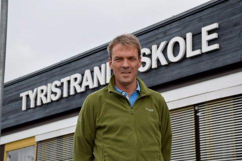 Erik Lund slutter som rektor ved Tyristrand skole.