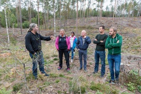 """Stort område: Bård """"Bobby"""" Brørby, Tone Midtsveen, Elisabeth Norstrøm, Geir Olsen, Ola Martin Øiom og Ivar Johnsrud."""